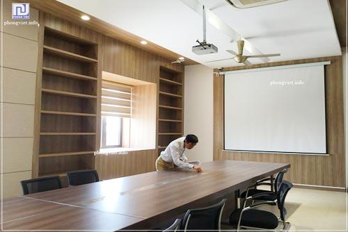 Thiết kế nội thất văn phòng làm việc nhà may Cúc Phương